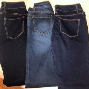 3 Pairs of No Boundaries Jeans. ALL SIZE 5.